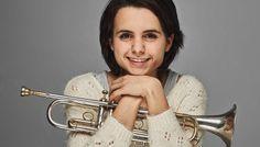 Esta cantante, trompetista y saxofonista de 20 años está removiendo los cimientos de la escena jazzística internacional