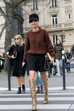 black, brown and those epic boots. Gio in Paris. #GiovannaBattaglia