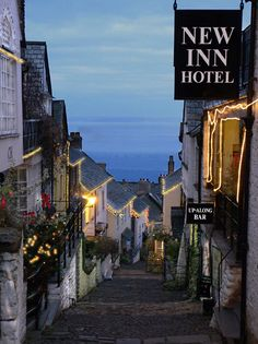 Clovelly, North Devon - New Inn Accommodation - lived and worked here in the 1980's