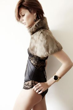 fur lace and short hair....reminds me of someone.........