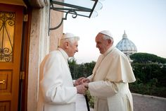 Pope Benedict XVI visit to Francisco to congratulate Christmas. (AP)