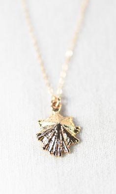 Kainui necklace gold opihi shell necklace by kealohajewelry https://www.etsy.com/listing/178186073 maui, hawaii