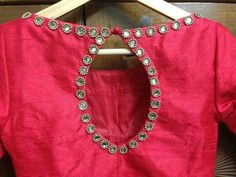 Glasswork Kids Blouse Designs, Blouse Back Neck Designs, Fancy Blouse Designs, Kerala Saree Blouse Designs, Mirror Work Blouse Design, Stylish Blouse Design, Designer Blouse Patterns, Fashion Blouses, Blouse Models