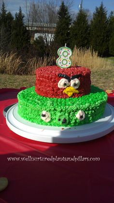Angry Birds Birthday Party on a Budget... FREE PRINTABLE
