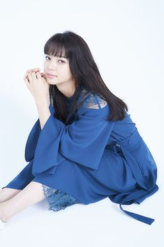 Asian Actors, Cool Girl, Bell Sleeve Top, Hair Beauty, Ruffle Blouse, Actresses, Celebrities, Cute, Beautiful