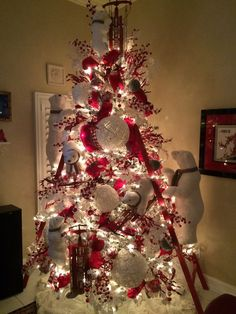 Polar Bear Christmas Tree