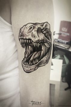 T-rex tat by Alex Tabuns Head Tattoos, Time Tattoos, Body Art Tattoos, Tatoos, Tattoo Art, Alex Tabuns, Octopus Tattoo Design, Tattoo Designs, T Rex Tattoo