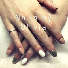 gel nails by Olivia Still off during October whilst she settling in and perfecting her skills . Gold Nails, Glitter Nails, Brighton Lanes, Bio Sculpture Gel, Accent Nails, Nail Designs, October, Beauty, Golden Nails