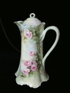 STUNNING Signed Pink Cabbage Roses Ruffle Footed Chocolate Pot