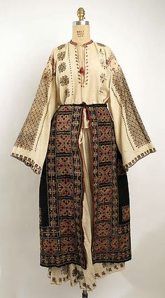 Ensemble Bitterman Museum of Art, New York Costume Institute Date: century Culture: Romanian Credit Line: Rogers Fund, 1908 Traditional Fashion, Traditional Dresses, Historical Costume, Historical Clothing, Mode Rococo, Folk Costume, Costumes, Ethno Style, Costume Institute