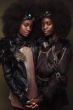 Regis And Kahran are a duo of Atlanta based photographers and the creative minds behind CreativeSoul Photography. The duo created a photo series called Afro Art, in which they photographed gorgeous portraits of girls, focusing on their natural hair. Black Girls Rock, Black Girl Magic, Afro Punk, Girls Natural Hairstyles, Afro Hairstyles, Natural Hair Styles, Natural Beauty, African Hairstyles, Black Hairstyles