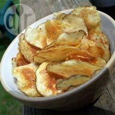 Zelfgemaakte chips @ allrecipes.nl