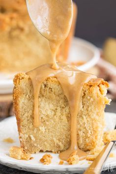 Melt-in-your-mouth good, Cookie Butter Pound Cake is luscious and rich. The cookie butter gives it almost a brown sugar or caramel flavor. Caramel Pound Cake Recipe, Homemade Pound Cake, Pound Cake Recipes, Cupcake Recipes, Dessert Recipes, Brown Sugar Pound Cake, Coconut Pound Cakes, Butter Pound Cake, Salted Caramel Fudge