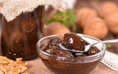 Chec de dovlecei - Retete culinare - Romanesti si din Bucataria internationala Halloumi Burger, Pickles, Cucumber, Bacon, Pudding, Fruit, Desserts, Food, Tailgate Desserts