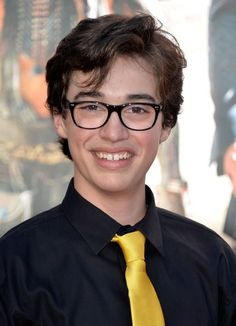 The winner of the Chambie Award for Best Performance in a TV Comedy by an actor under 18 is: Joey Bragg in Liv and Maddie