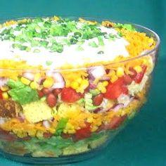 Texas Cornbread Salad   cookingwithk.net #cornbreadsalad