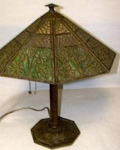 Lot: Arts & Crafts Bradley & Hubbard Lamp, Lot Number: 0206, Starting Bid: $200, Auctioneer: Tonya Cameron Auctions- TAC Auctions Inc, Auction: March Antiques Decorative Arts Collectibles, Date: March 16th, 2017 CDT