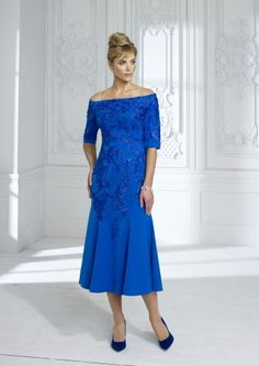 Irresistible by Veromia at dressini, occasion wear Mother Of The Bride Fashion, Mother Of Bride Outfits, Mother Of Groom Dresses, Bride Dresses, Occasion Wear Dresses, Retro Fashion, Bridal Gowns, Beautiful Dresses, Fashion Dresses