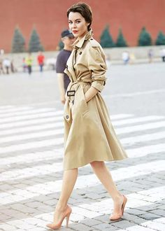 http://www.stealthelook.com.br/wp-content/uploads/2015/06/trench-coat-bege-street-style-scarpin-nude.jpg