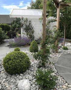 Diy Academy, Gardening, Staycation, Garden Inspiration, Garden Ideas, Trellis, Pergola, Sidewalk, Outdoor Structures