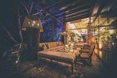 Lounge na área externa | Casamento clássico | Decoração dos lounges | Lounge clássico | Decoração | Decor | Casamento | Wedding | Inesquecível Casamento