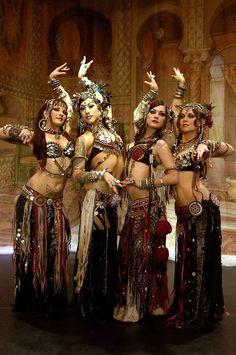 La danse Tribal Fusion http://urbangirl-beaute.fr/sport/danse-tribal-fusion/