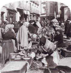 De Madrid al cielo: Álbum de fotografías y documentos históricos. - Urbanity.cc El Rastro. (WORKS AND STUDIOS) Hacia 1900.