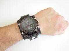 hnědočerný+kožený+pásek+s+hodinkami+Naviforce+Pásek+na+hodinky+z+přírodní+kůže+(+zákazková+výroba+)+Farba:hnědá+a+černá+Šírka:+5,5+cm+Hodinky:+Navifoce+Hodinky,+ktoré+nik+neprehliadne+s+ručne+robeným+koženým+náramkom.+Vyrobím+podľa+požiadavky+tak+aby+sedeli+na+vašu+ruku.+Pred+kúpou+mi+napíšte+správu+a+dohodneme+sa.