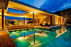 House by Bernardes + Jacobsen Arquitetura | Itaipava | RJ