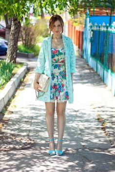 Голубой, кружево и цветочный принт | TheLook