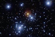 """Das Instrument FORS1 am Very Large Telescope, wörtlich """"Sehr großes Teleskop"""" schoss das detailschärfste Bild, das jemals ein bodengebundenes Teleskop von diesem Sternhaufen aufgenommen hat"""