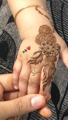 Khafif Mehndi Design, Mehndi Designs Feet, Mehndi Designs Book, Mehndi Design Pictures, Mehndi Designs For Fingers, Dulhan Mehndi Designs, Latest Mehndi Designs, Henna Designs For Kids, Cute Henna Designs