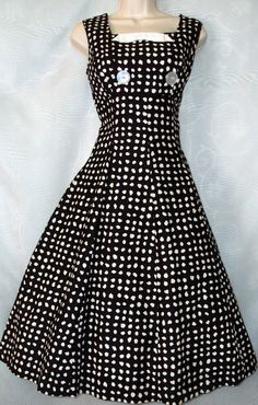 Hey, I found this really awesome Etsy listing at http://www.etsy.com/listing/127239753/1950s-dress-50s-rockabilly-pin-up