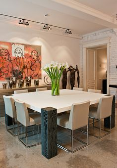 Dining room exposition at Galerie 46 interior boutique