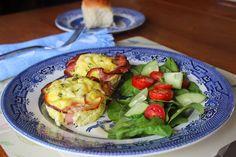 À vos fourneaux: Oeuf en coupe de jambon Brunch, Sprouts, Vegetables, Breakfast, Food, Ham, Recipes, Morning Coffee, Essen