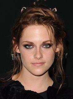 Kristen Stewart actually has a reason to frown now.  #TeamRPatz