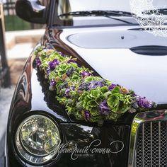 Wedding Car Decorations, Fairytale Weddings, Deco Floral, Wedding Goals, Engagement Pictures, Funeral, Flower Arrangements, Marie, Wedding Photos