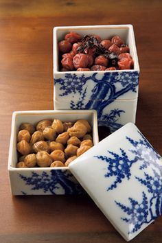 """Umeboshi are pickled ume fruits common in Japan. The word """"umeboshi"""" is often translated into English as Japanese """"pickled plums. Japanese Dishes, Japanese Ceramics, Japanese Plum, Japanese Food, Bento Recipes, Gourmet Recipes, Japanese Pickles, Asian Recipes, Love Food"""