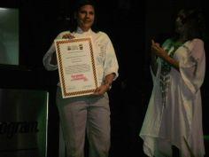Ganadora del Premio Estímulos 2013, por mi investigación sobre amasijos del caribe y una receta moderna de almojábana de Campeche y mousse de suero y mango.