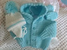 Aqua hooded jacket and Hat and Mitts set - Knitting creation by Heart52