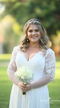 Real curvy bride in a plus size wedding gown with long lace sleeves. Real curvy bride in a plus size wedding gown with long lace sleeves. Plus Size Wedding Gowns, Plus Size Gowns, Princess Wedding Dresses, Curvy Bride, Curvy Dress, Lace Sleeves, Bell Sleeves, Beautiful Bride, Bridal Gowns