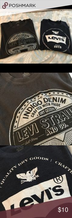 Levi's long sleeve shirts Men's Levi's long sleeve shirts . Pre owned in good condition.   Size XXL      Grey and blue Levi's Shirts Tees - Short Sleeve