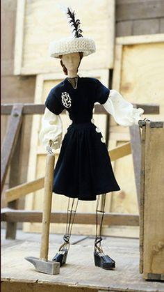 Day dress Marcelle Chaumont Théâtre de la Mode 1945