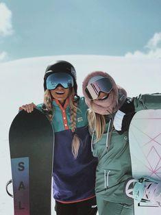 Mode Au Ski, Snowboarding Style, Snowboard Girl, Ski Girl, Snow Outfit, Snow Skiing, Mode Style, Ski Outfits, Snowboards