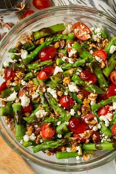 Asparagus, Tomato and Feta Salad with Balsamic Vinaigrette | (can substitute Strawberries for Tomatoes) Healthy Salad Recipes, Raw Food Recipes, Healthy Soups, Healthy Eats, Vegetarian Recipes, Cucumber Avocado Salad, Avacodo Salad, Sweet Watermelon, Watermelon Recipes