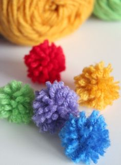 Holiday ABC Series: Y is for Yarn Poms - Make and Takes