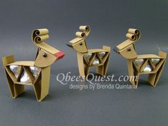 Qbee's Quest: Hershey's Reindeer and Santa's Sleigh Tutorial (Requires purchase) Christmas Favors, Christmas Paper Crafts, Christmas Activities, Christmas Candy, Holiday Crafts, Christmas Tables, Nordic Christmas, Modern Christmas, Holiday Ideas
