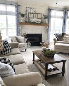 """How to transition your decor from Summer to """"Pre-Fall."""""""