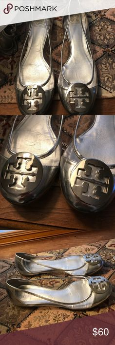"""Tory Burch silver/clear leather flats! Alas, another pair of great shoes that are not """"bunion"""" friendly for me! Size 8.5, very good condition. Please see photos and let me know if you have any questions! These are so cute! I'm slowly letting go of the shoes that I just can't wear! Thanks for looking!❤️ Tory Burch Shoes Flats & Loafers"""