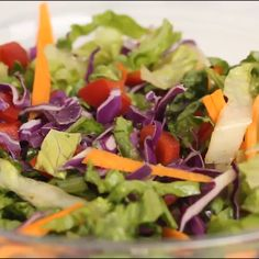 Asian Chopped Salad with Garlic Sesame Vinaigrette Recipe – quick and easy weeknight dinner idea with a ton of flavor! Quick Salad Recipes, Chopped Salad Recipes, Healthy Dinner Recipes, Chopped Salads, Avocado Recipes, Dinner Salads, Dinner Menu, Asian Chop Salad Recipe, Asian Chopped Salad